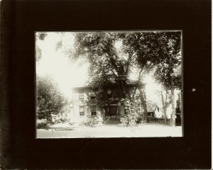 34 E. Main Street 1